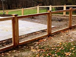 Custom Cedar Deer Fencing With Welded Wire Pool Fence Deer Fence Beach House Design Hog Wire Fence