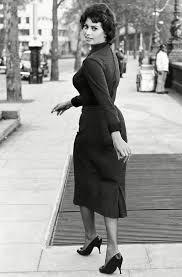 The Ultimate Roundup Of Hollywood's Original Street Style Stars   Sophia  loren images, Sophia loren, Sofia loren