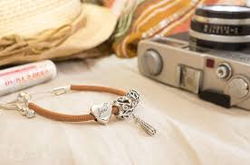 sliding leather bracelet golden tan