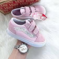Ghim của Trịnh Anh trên shoes for children
