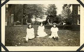 Verna Smith and friends on the Goshen College campus | Flickr