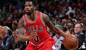 Bulls sign Aaron Brooks | Chicago Bulls