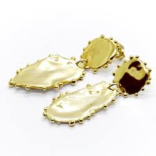 natalie marie gold dotted mana studs