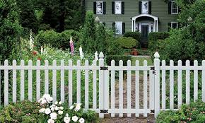 All About Picketlock Vinyl Fencing Yard Home