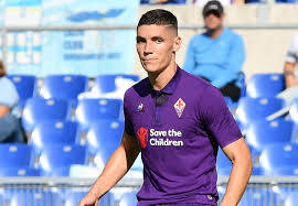 Gianluca Di Marzio :: Manchester United making strong push for Fiorentina  defender Milenkovic