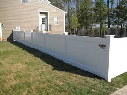 Vinyl Privacy Fencing Cheapest Prices Affordable White Vinyl Fencing Stockists Vinyl Fence White Vinyl Fence Privacy Fence Panels
