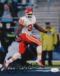 Priest Holmes Signed Chiefs 8x10 Photo (JSA COA) | Pristine Auction