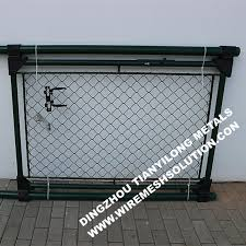 Ral6005 55mm Chain Link Fence Wire Mesh Fence Panels Gate For Garden