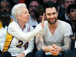 adam and his mother | Adam levine, Maroon 5, People