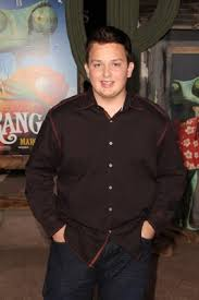 Noah Munck spills on girls, Gibby and all things iCarly - GirlsLife