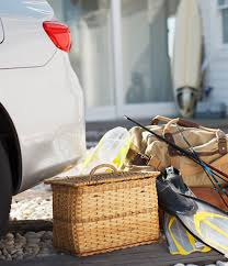 Car hire solutions for business travel with Avis car rental