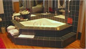 ontario hot tub suites hotel rooms