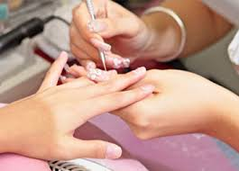 bee a licensed nail tech in florida