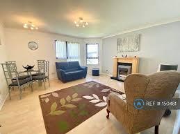 2 bedroom flat in murray street dundee