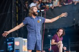 23 reasons AWOLNATION is the most caps-lock band at ACL Fest ...