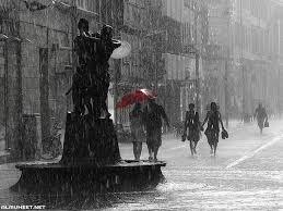 عبارات عن المطر والحب جميلة الم حيط