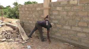 Building In Ghana Framing And Unframing Of Fencewall Pillars Youtube