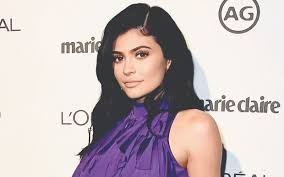 Kylie Jenner and Judge Judy Tower Over ...