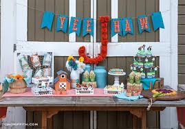 Kara S Party Ideas Farm Birthday Party Planning Ideas Supplies Idea Cowboy Decorations