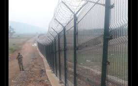 India To Replace Old Wire Fence With New Smart Cut Proof Fence At Border Indian Defence News