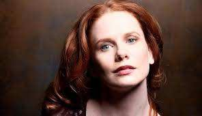 Hillary Tuck Height, Weight, Measurements, Bra Size, Shoe, Biography