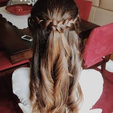 cute easy half up half down hairstyles