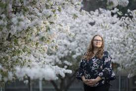 Canberra woman, Amelia Watson was to smash stigmas around miscarriage |  Western Advocate | Bathurst, NSW