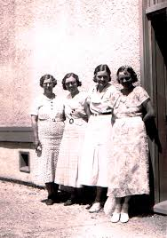 Effie Smith, Alice Draper, Winnie Draper, Mary Draper, Winfield 1937 |  Applebox Belles: The Women of Lake Country's Packinghouses