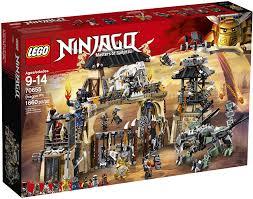 Amazon.com: LEGO NINJAGO Masters of Spinjitzu: Dragon Pit 70655 ...