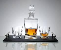 decanters quadro whisky decanter set