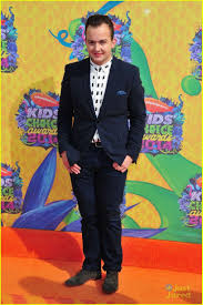 Noah Munck | Kids choice awards 2014, Every witch way