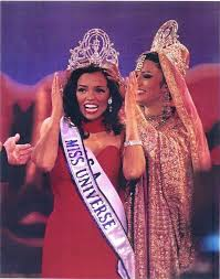 Chelsi Mariam Pearl Smith - USA - Miss Universe 1995 (With images) | Miss  universe 1995