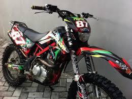 motor trail kawasaki klx 150cc bekas