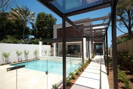 Glass Fence Guide The Pros Cons Of Glass Fencing Install It Direct