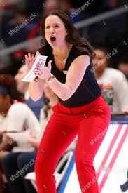 Dayton head coach Shauna Green shouts instructions Editorial Stock ...