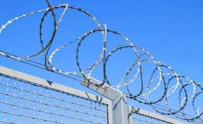 4 Benefits Of Barbed Wire Fencing Diamond Fence Co