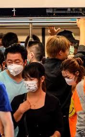 Coronavirus, 80 morti. Gli esperti: «Contagio anche senza sintomi»