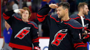 Hurricanes' Justin Williams scores twice in win over Jets ...