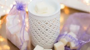 Ava May Aromas | Candlefind