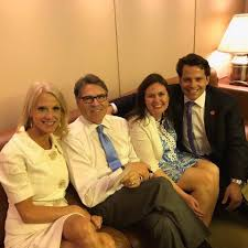 conway rick perry sanders scaramucci - The NewsFlasher