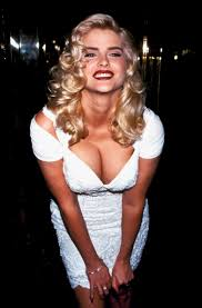 Who was Anna Nicole Smith, what was her cause of death, who was her son  Daniel Wayne and when did she meet Donald Trump?