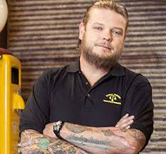 Pawn Stars Corey Harrison Loses HALF His Body Weight | TheCount.com