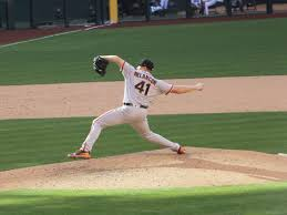 Giants closer Mark Melancon heads to DL with right pronator strain ...