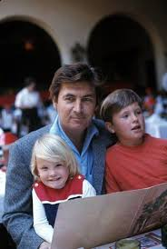 Fess Parker with his children Fess Jr and Ashley, ca. 1960s | Fess parker,  Celebrity families, Star family