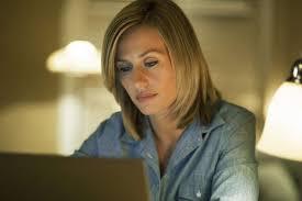 MOBIUS/ Trama e info streaming del film su Cielo con Jean Dujardin ...