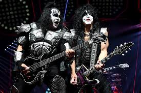 paul stanley believes kiss can carry on