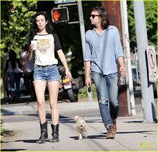 Krysten Ritter & Boyfriend Adam Granduciel Keep Their Distance During Los  Angeles Stroll: Photo 3182809   Krysten Ritter Pictures   Just Jared
