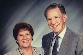 Memorial Scholarship Fund Established in Honor of Richard '52 and ...