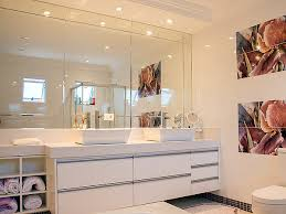 remove bathroom mirror safely from wall