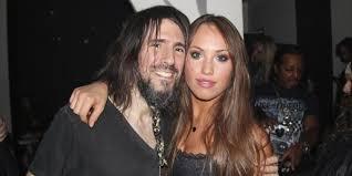 Who is Youtube singer Jess Greenberg? Wiki: Net Worth, Husband, Affair